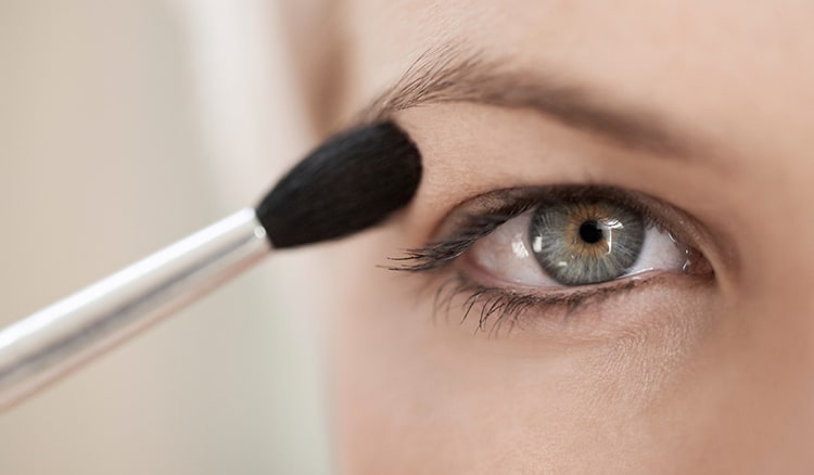 10 Best Eyeshadow Primers 2019 that Will Make Magic Eyes