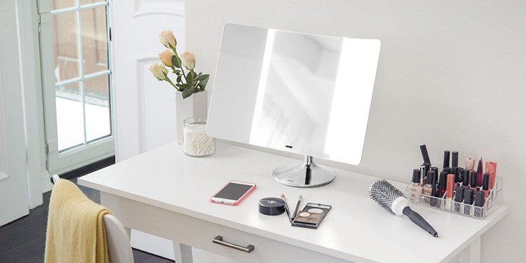 10 Best Lighted Makeup Mirrors 2019 Make You Easier To Wear Makeup