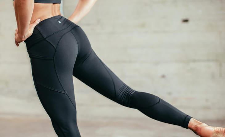 3607955b25cb03 10 Best Yoga Pants 2019 that Make Great Look   Great Fit