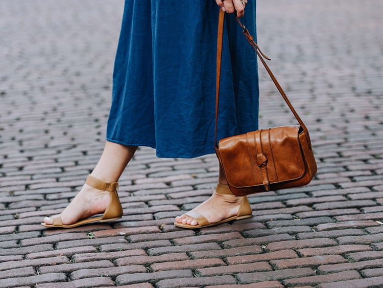 10 Best Crossbody Bags 2019 (Fit All Your Essentials)