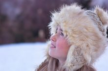 5 Ways To Protect Your Dry & Chapped Skin During Frosty Months